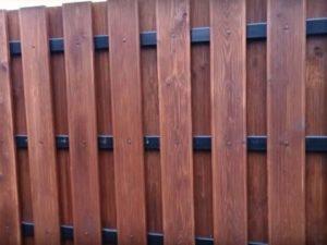 деревянный забор глухой