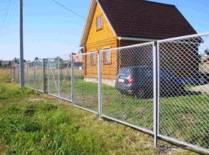 Забор из сетки-рабицы в секциях фото